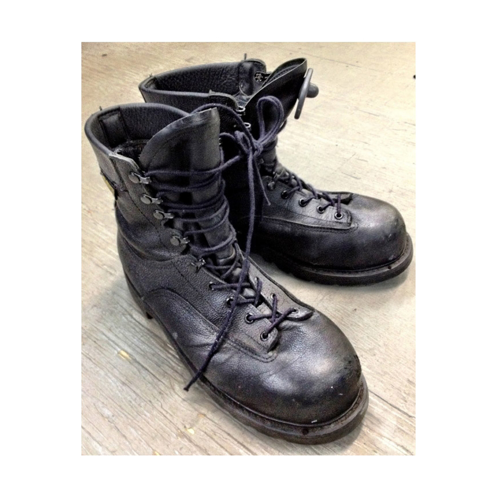 3ec8ce363be Canadian Military Used Gore-Tex Combat Boots